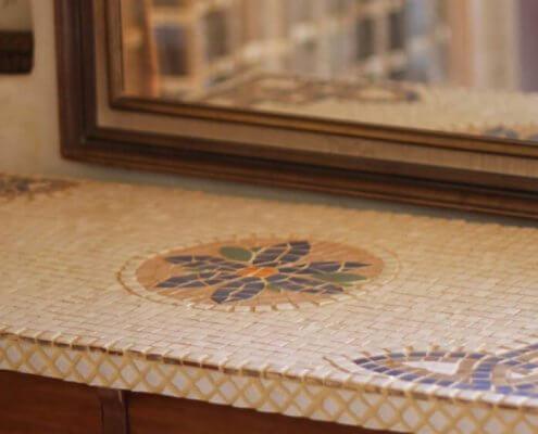 שולחן פסיפס מעוצב עם אבן טבעית